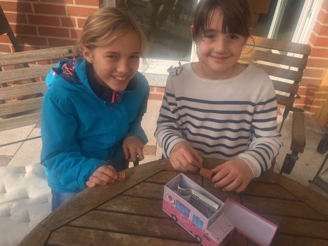 Annie & Klara sammeln für den Förderverein