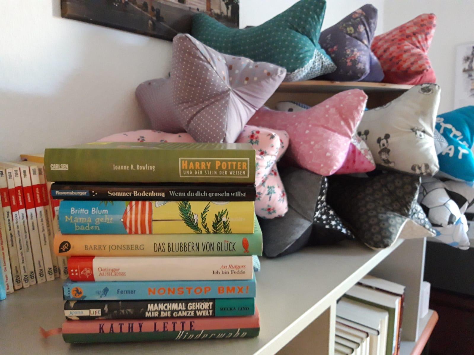 Bücherstube im Klara-Büro eröffnet!
